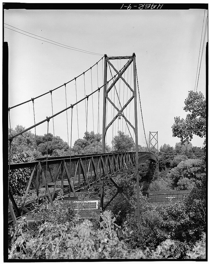 Sidaway Avenue Footbridge - Bridges and Tunnels
